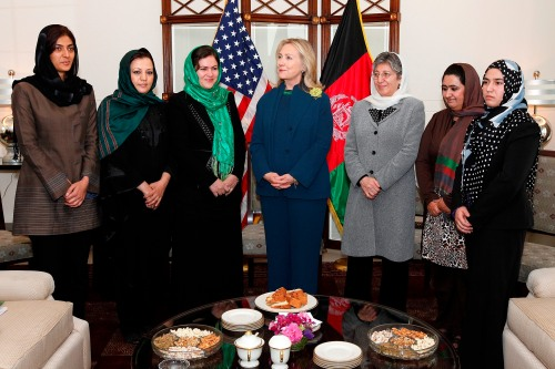 Hillary_Clinton_with_Afghan_female_politicians_in_2011